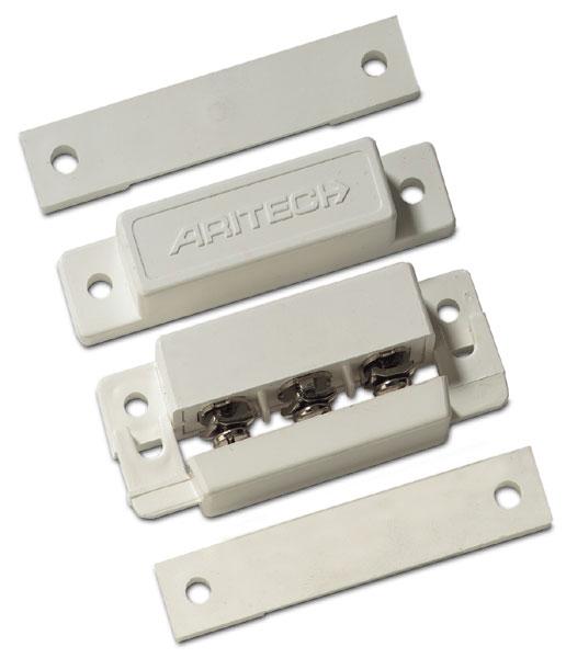 DC102 – Contatto magnetico a giorno con cavo. GAP 18 mm. Colore bianco